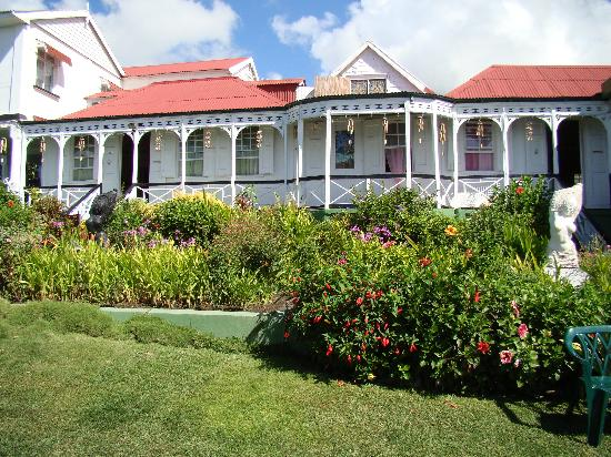 Clay Villa Plantation House & Gardens